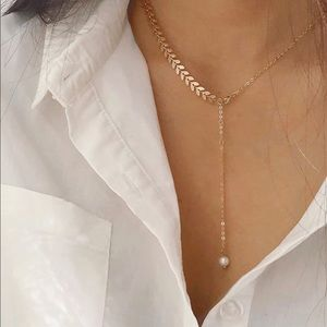 Arrow and Pearl Lariat Necklace